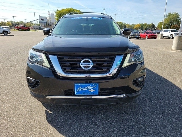 Used 2018 Nissan Pathfinder Platinum with VIN 5N1DR2MMXJC628630 for sale in Morris, Minnesota